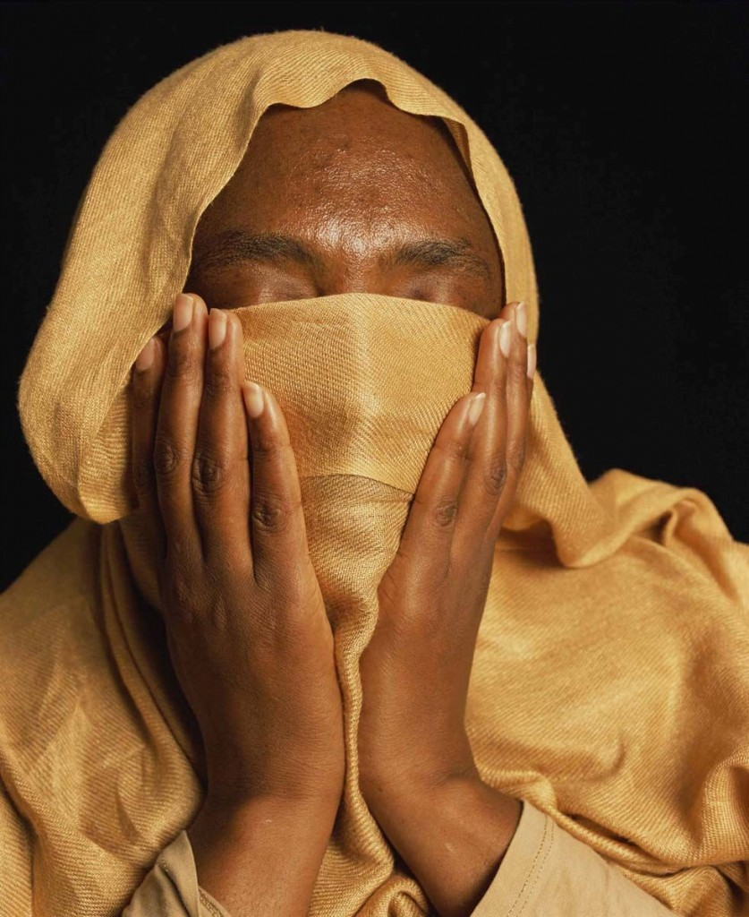 Andres Serrano, Fatima, was Imprisoned and Tortured in Sudan (Torture), 2015, (editie van 3 + 2 AP) Courtesy Andres Serrano & Galerie Nathalie Obadia Parijs/Brussel