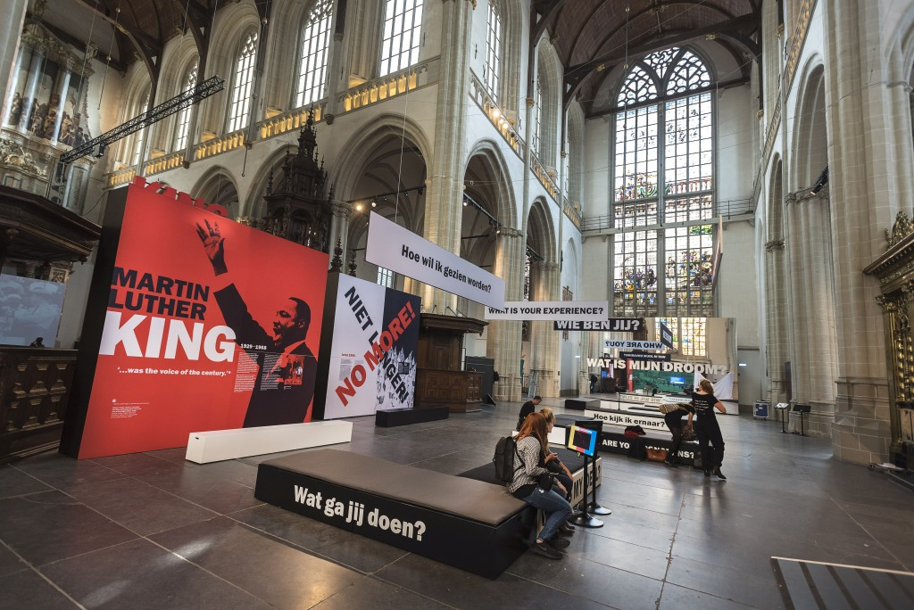 'We Have A Dream', interieur Nieuwe Kerk, foto Evert Elzinga