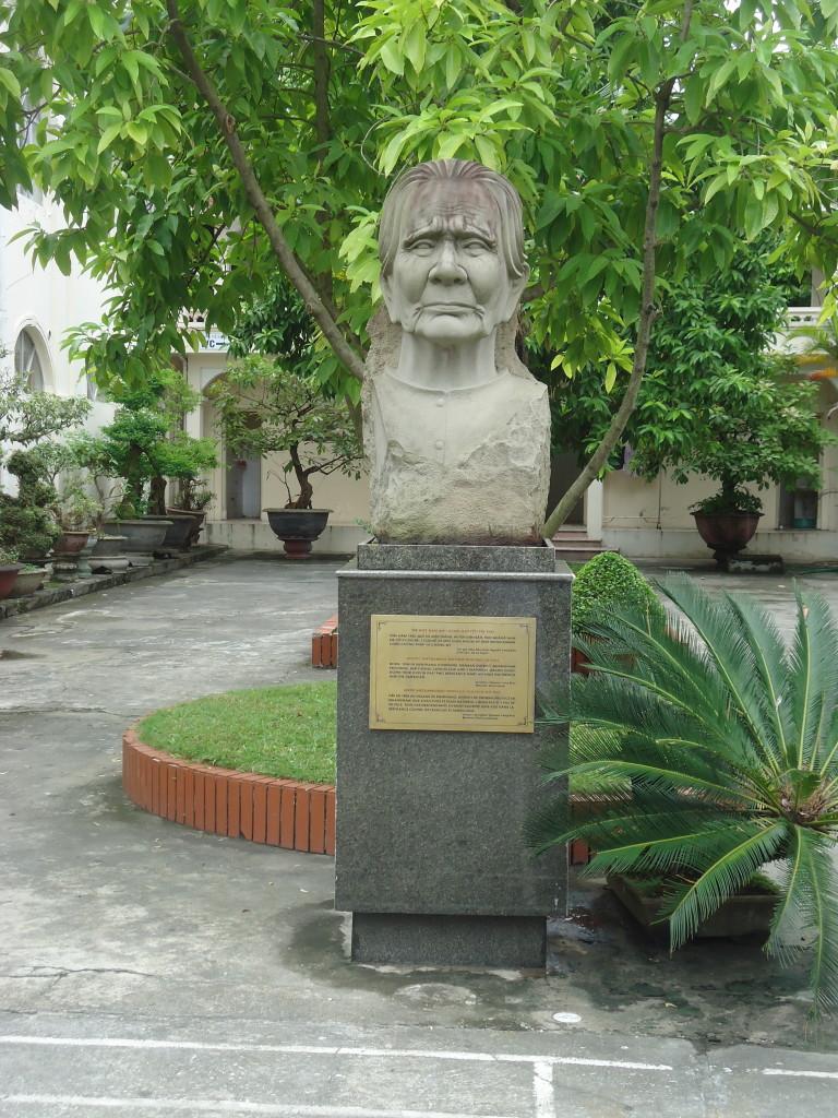 De 'heroïsche Vietnamese moeder' van Nguyen Long Buu.