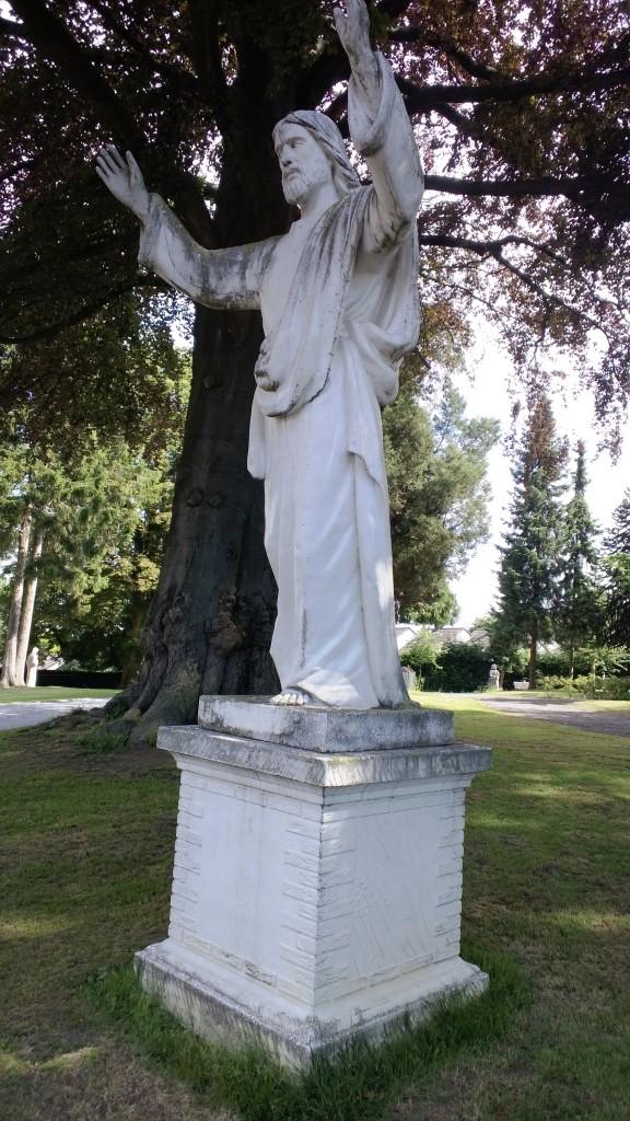 De Vaalse Christus moet nog één nachtje slapen voor hij zijn blauwe jas krijgt. Foto: Museum Vaals