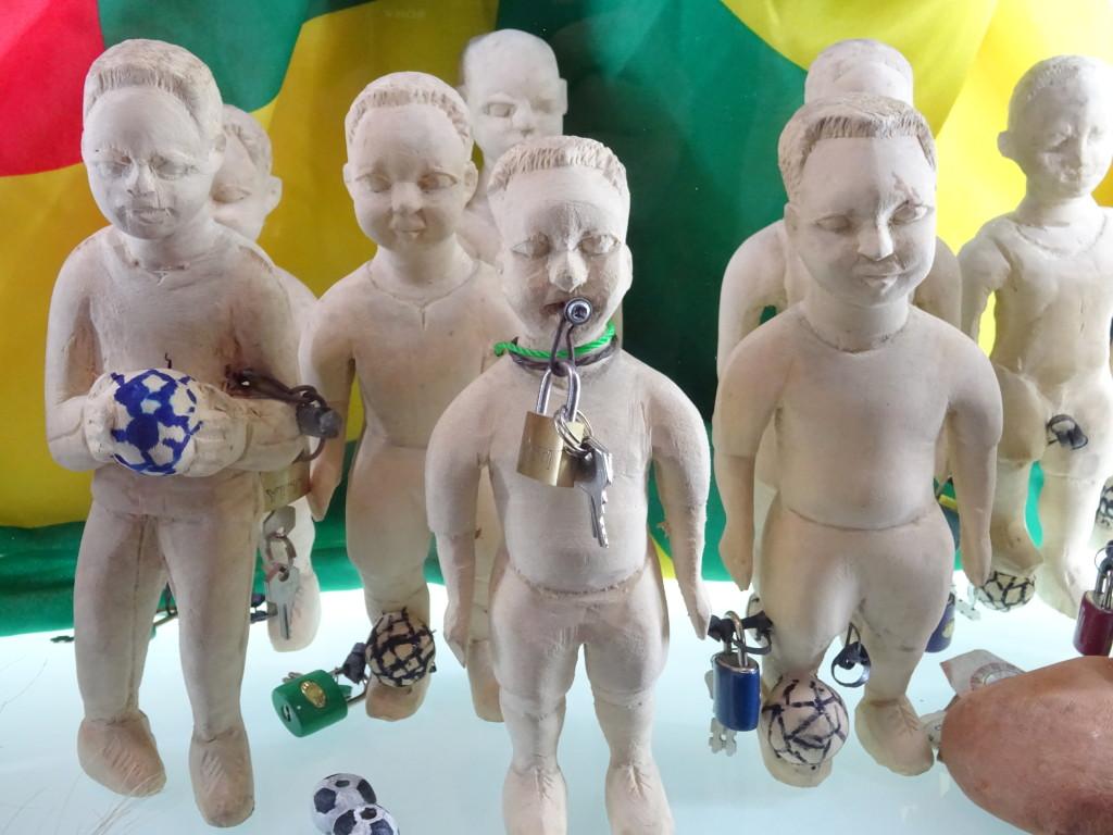De magie van voodoo-priester Serge Hounpatin voor de voetballers van Togo mocht in 2006 niet baten.