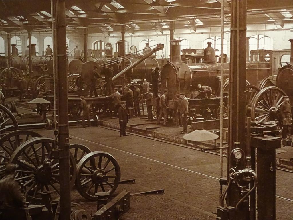 De Centrale Werkplaats van de Spoorwegen in Zwolle telde aan het begin van de 20ste eeuw zo'n 1200 werknemers. In Zwolle was al in 1885 sprake van sociale onrust onder de arme bevolking. Eigen foto.