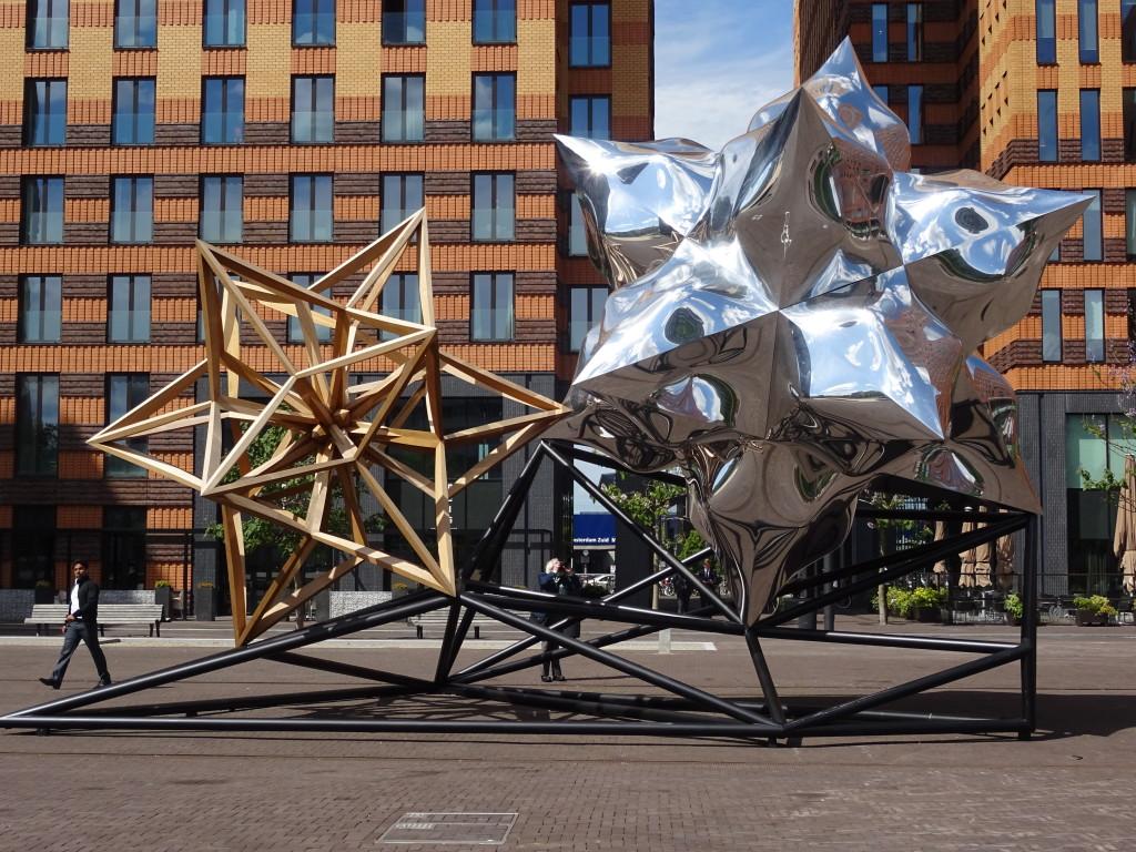 Frank Stella, Inflated Star en Wooden Star, 2014, More Gallery, eigen foto