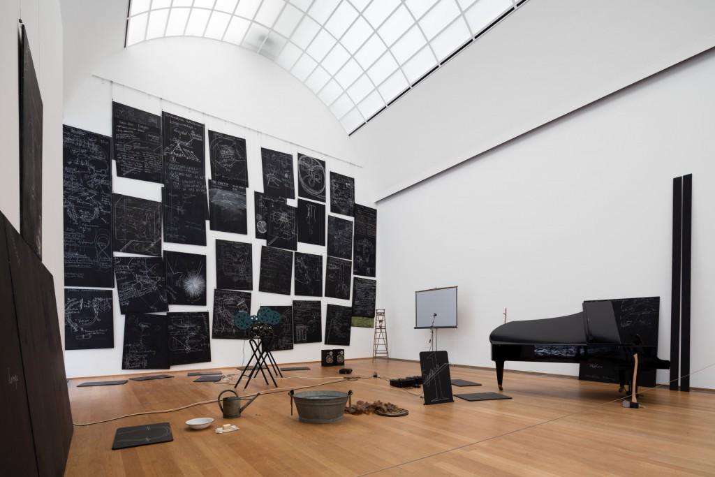Joseph Beuys, Das Kapital Raum 1970 - 1977, 1980 Detail, Staatliche Museen zu Berlin, Nationalgalerie, Sammlung Marx c Nationalgalerie in Hamburger Bahnhof, SMB/Thomas Bruns, c VG Bild-Kunst, Bonn, 2016