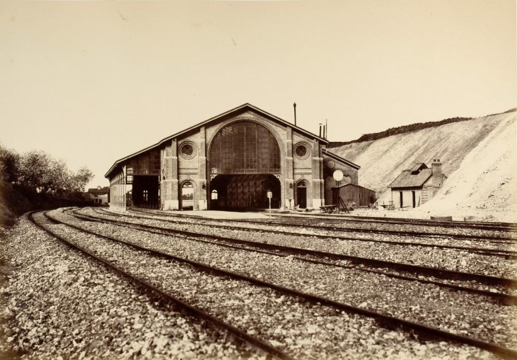 Édouard Baldus, Gare de Longueau, Chemin de Fe du Nord, 1855, courtesy George Eastman Museum Rochester