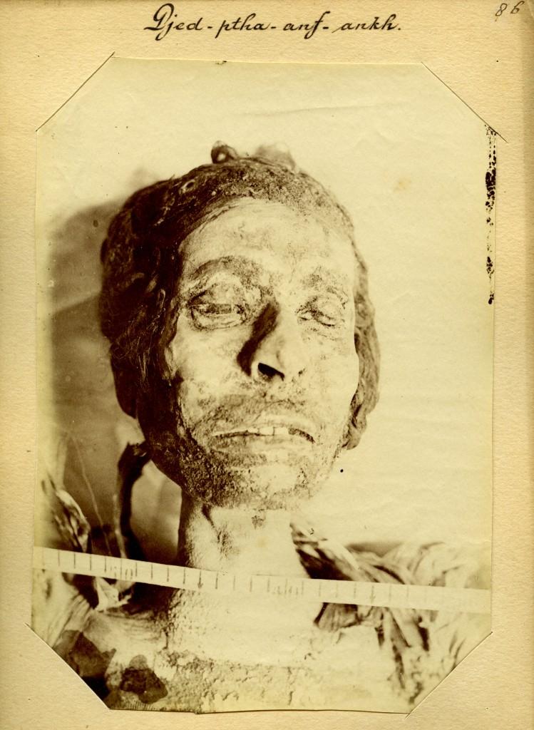 Jan Herman Insinger (1854-1918), Gemummificeerd lichaam van een man genaamd Djed-ptah, Anf-Ankh, 1886, Rijksmuseum van Oudheden, Leiden