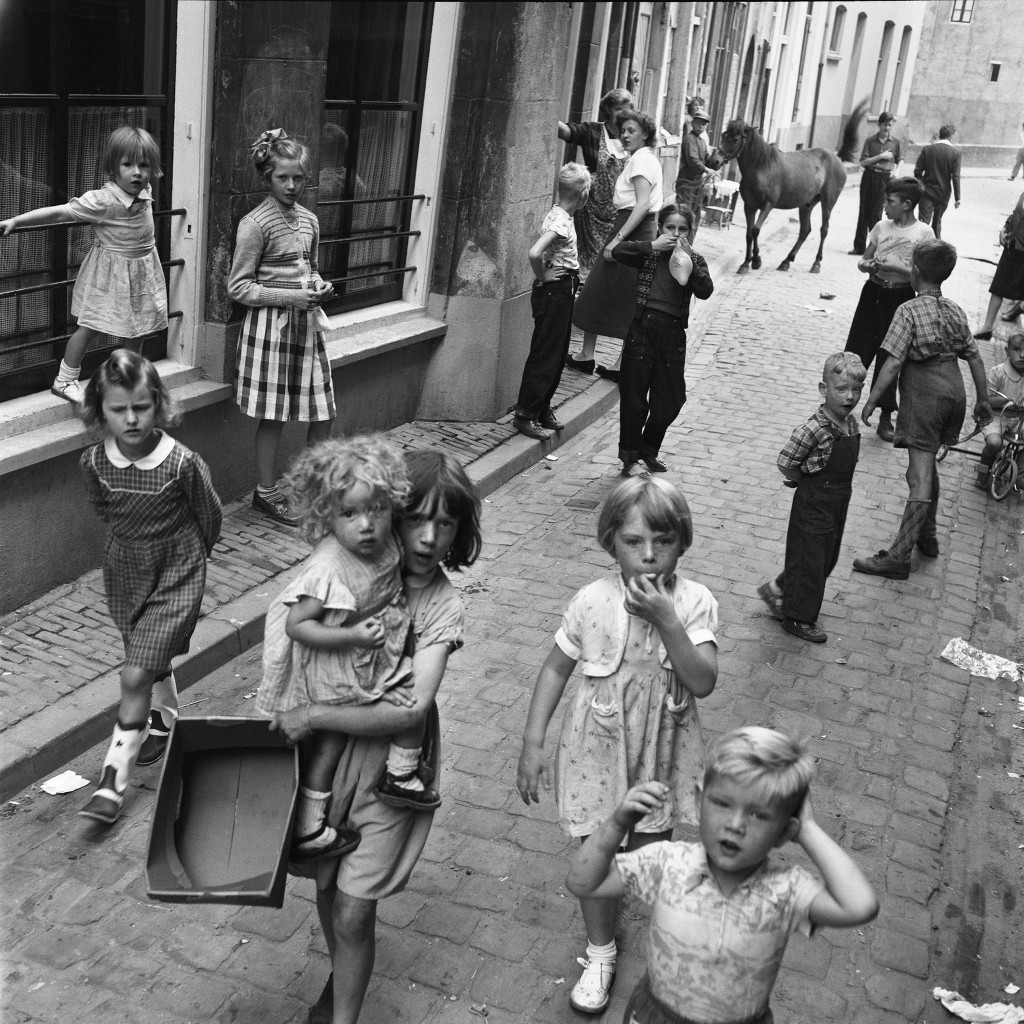Maria Austria, Armoede in de Benedenstad van Nijmegen, 1954, c Maria Austria/MAI